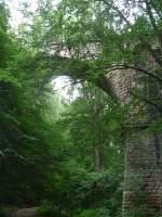 ex-kbs-612-finnebahn-laucha---lossa---kolleda/150122/die-12-apostelbruecke-bei-bad-bibra Die 12 Apostelbrücke bei Bad Bibra. Die Brücke ist 20 m hoch und wurde von 1912 bis 1914 erbaut; 10.07.2011 (Foto: Karolin Thomas)