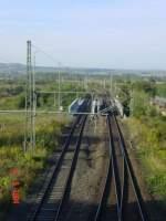 6-rosleben---artern/140118/das-unstrutbahngleis-links-und-das-gleis Das Unstrutbahngleis links und das Gleis der KBS 595 nach Erfurt, in Artern; 08.09.2004 (Foto: Carsten Klinger)